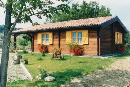La mia casa per tornare a vivere dignitosamente crowdfunding - Vivere in una casa di legno ...