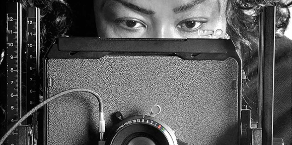 Le donne fotografe dalla nascita della fotografia ad oggi: uno sguardo di genere /     Women photographers from the beginning of photography up to now: a gender insight